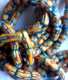 green:yellow beads
